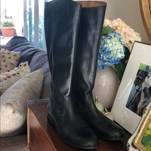 Kennet Cole Leather Boots